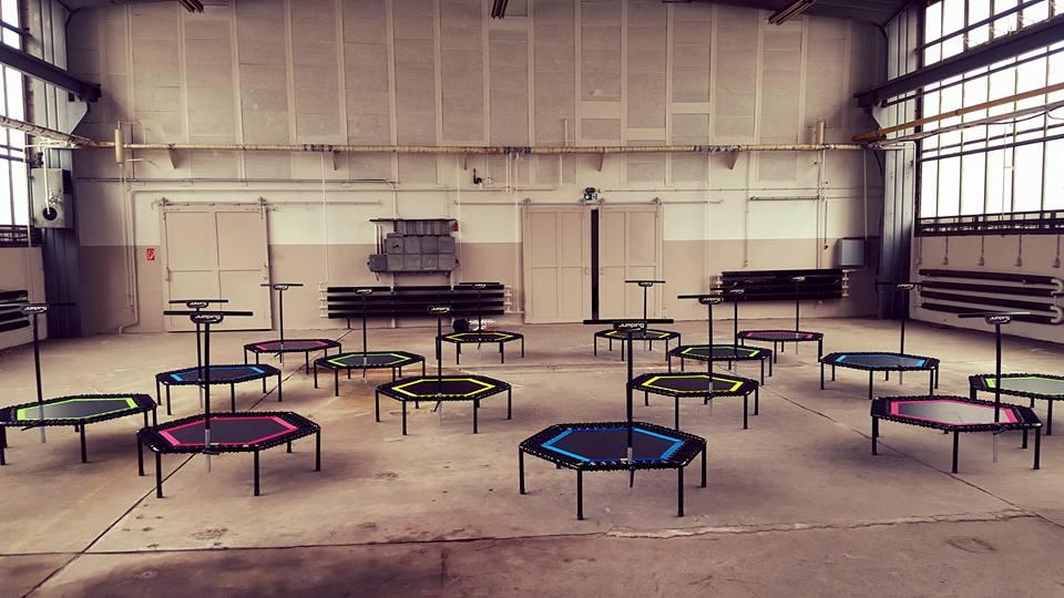 jumping fitness berlin. Black Bedroom Furniture Sets. Home Design Ideas